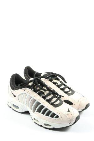Nike Sneakresy na obcasie Nadruk z motywem W stylu casual