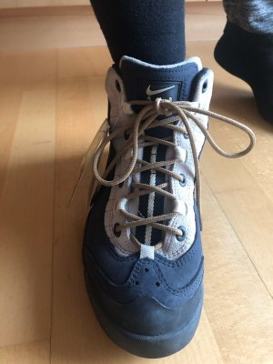 Nike ACG Schuhe
