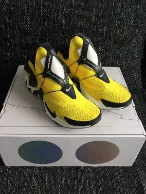Nike Adapt Hurache, 44