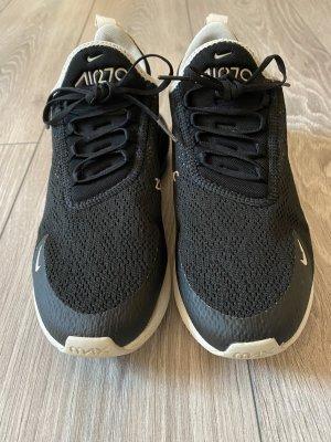 Nike Air 270 schwarz/weiß