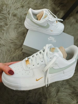 nike air force 1 '07 essential