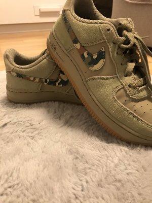 Nike Sneakers met veters groen-grijs-khaki