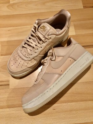 Nike Sneaker stringata rosa pallido