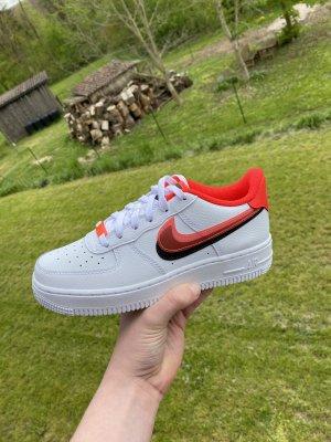 Nike Air Force 1 Black Crimson Größe 38