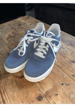 Nike Air Force 1 blau Wild Leder neu 38,5