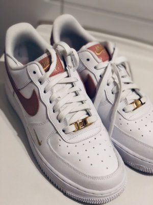 Nike Air Force 1 ESS 40