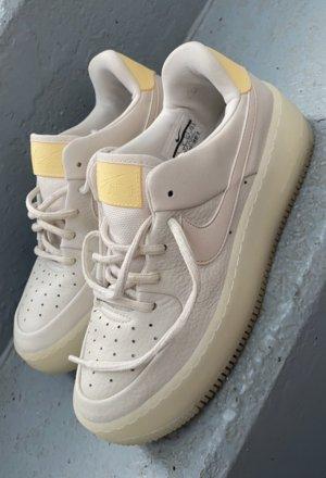 Nike Air Force 1 gr 37.5 w neu Beige