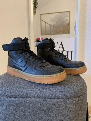 Nike Air Force 1 in schwarz