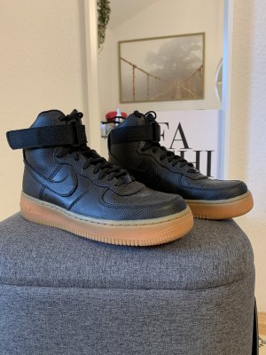Nike Air Force 1 in schwarz