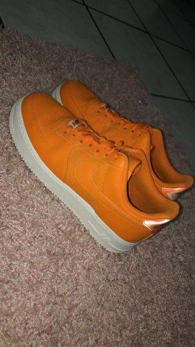 Nike Air Force 1 orange Gr. 40 wie NEU