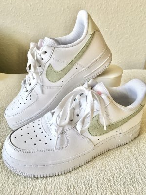 Nike Air Force 1 salbei grün hellgrün Gr. 37,5