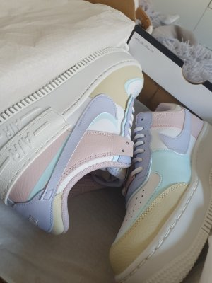 Nike Air Force 1 Shadow Pastellfarben