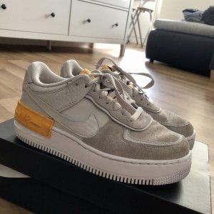Nike Air Force 1 Shadow vast grey laser orange white 38