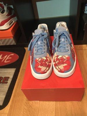 Nike Sneaker stringata rosso-blu