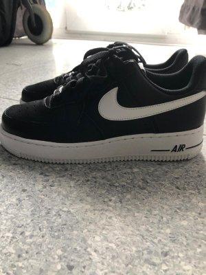 Nike Air Force 107 AN20 schwarz/weiß