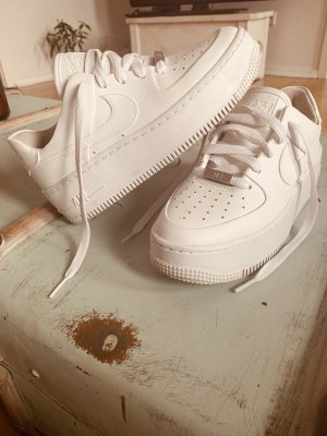 NIKE AIR FORCE AF1 - Low sneaker sage Plateau - Weiss