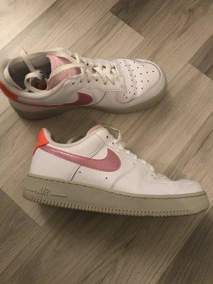 Nike Air Force in Rosa/orange