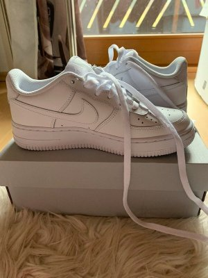 Nike Air Force one low all white