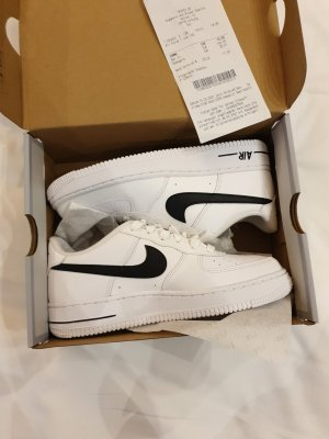 Nike Air Force One white black