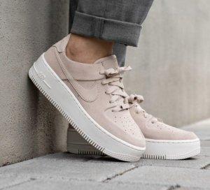 Nike Air Force Plateau 37,5