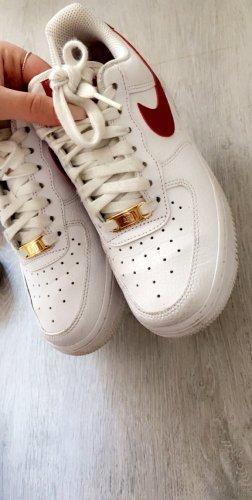 Nike Air Force rot weiß