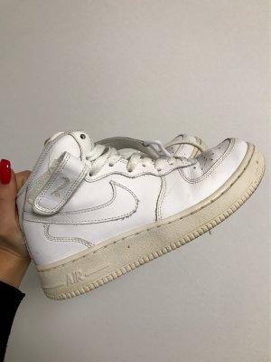Nike Air Gr. 37.5