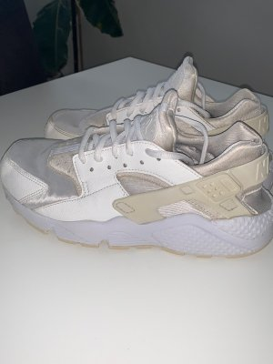 Nike Air Huarache Gr.38-39 TOP