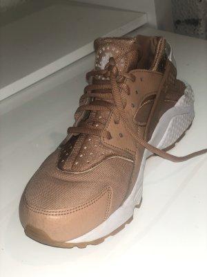 Nike Air Huarache im Nudeton