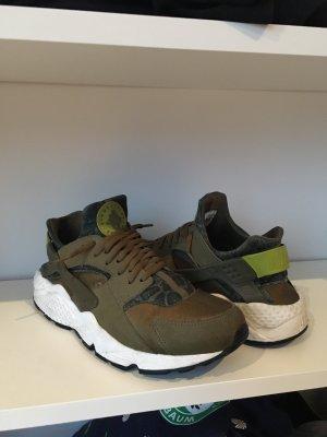 Nike Air Huarache Run Pear Green *limitiert*