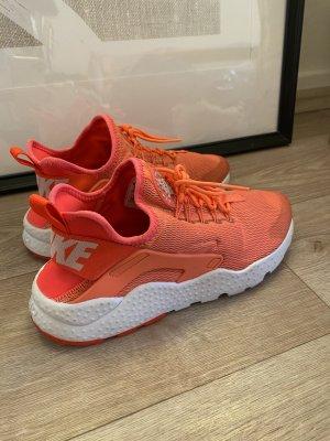 Nike Air Huarache Sneakers Größe 40