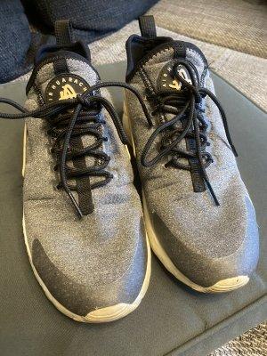 Nike Air Huarache Turnschuhe 39(38) Np 119€