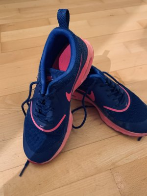 Nike air in pink blau
