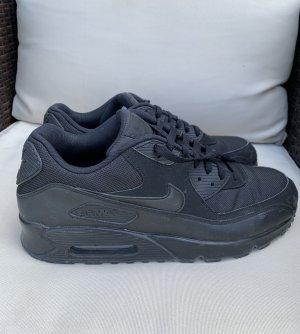 Nike Air in schwarz, Größe 46 (US: 12)