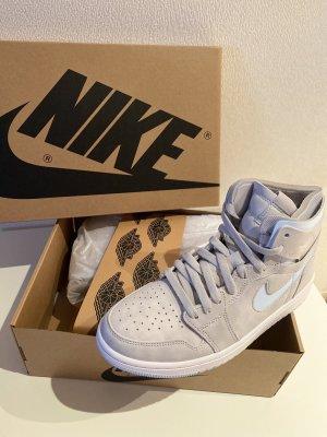 Nike Air Jordan 1 High Zoom CMFT
