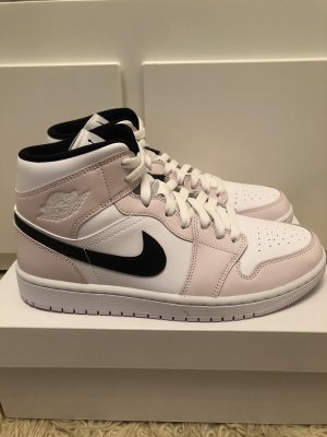 Nike Air Jordan 1 Mid Barely Rose 41