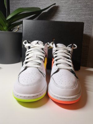 Air Jordan High top sneaker neongeel-neonoranje