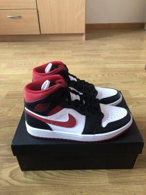 Nike Air Jordan 1 Mid GS Gym Red EU 40