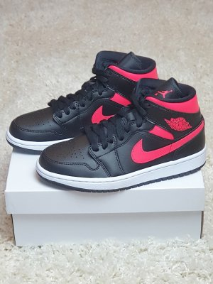 "Nike Air Jordan 1 Mid WMNS ""Siren Red"" / EU 39"