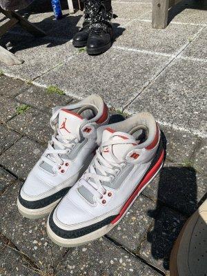 Nike Air Jordan 3 Retro - Fire Red (2013) in 40