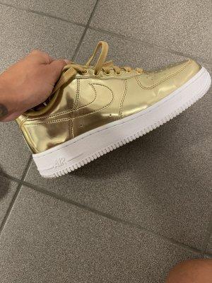 Nike Air Jordan Gold
