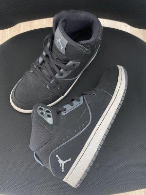 Air Jordan Wysokie trampki czarny