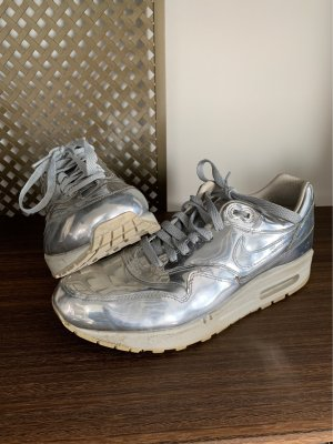 Nike Air Max 1 Liquid Metal EU40