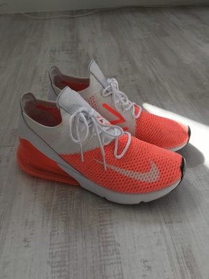 Nike Lace-Up Sneaker neon orange-white