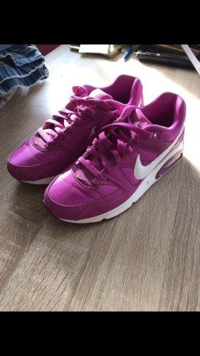 Nike Sneakers met veters violet