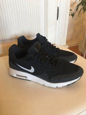 Nike Air Max 90 in 36 1/2 (reflektieren hellgrau)