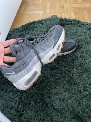 Nike Air Basket montante gris-gris clair