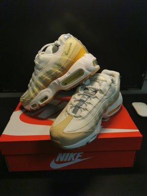 Nike Air Max 95 Gr. 38