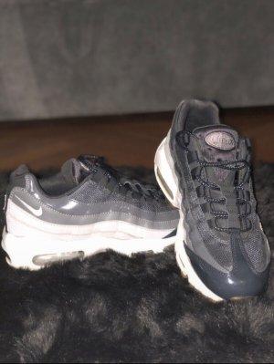 Nike Air Max 95 - grau