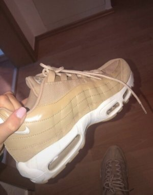 Nike Air Max 95er in Beige