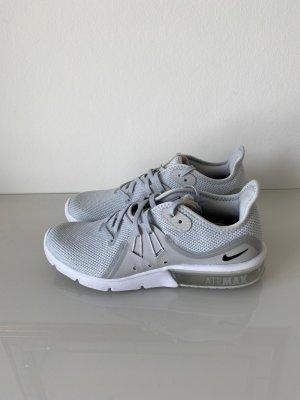 Nike Air Max Damen Sportschuhe (39) (hell)grau